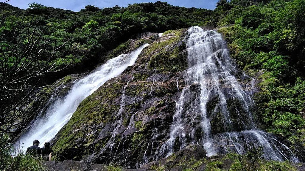 栗生集落について、大川の滝の写真
